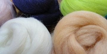 Filzwolle - 10 schöne Farben super zum Trockefilzen und Naßfilzen, ca. 100gr - 10 Knäuele - 3
