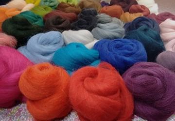 Filzwolle - 45 Stück, ideal zum Trockenfilzen und Naßfilzen, ca. 500gr. leuchtende Farben - 3